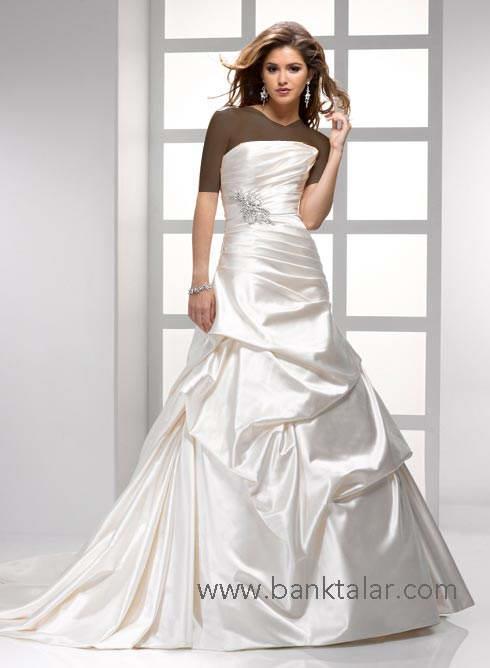 لباس عروسی و عروس های با لباس ویژه و تک 2012