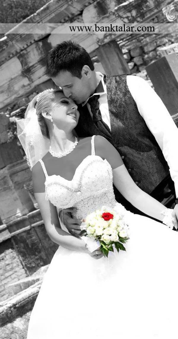 ایده برای عکس هایی خاص تر در روز عروسی**banktalar.com
