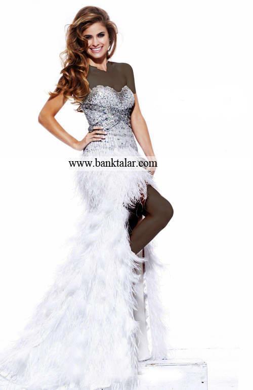 لباس نامزدی را چه رنگی انتخاب کنیم ؟**banktalar.com