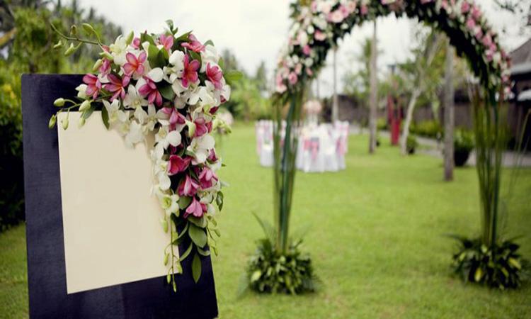 تزئینات محوطه تالار عروسی