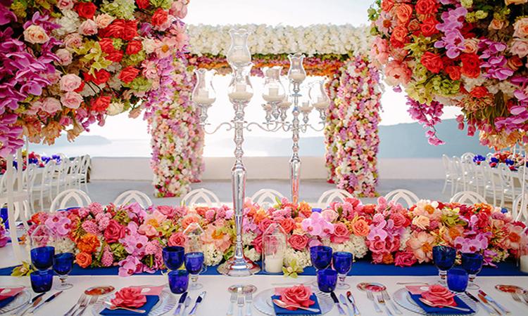 انتخاب گل های مناسب گل آرایی تالار عروسی
