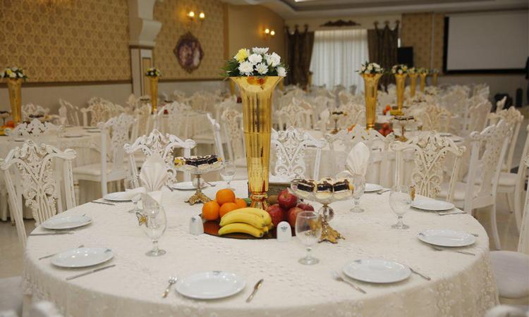 میزآرایی تالار و باغ تالار عروسی