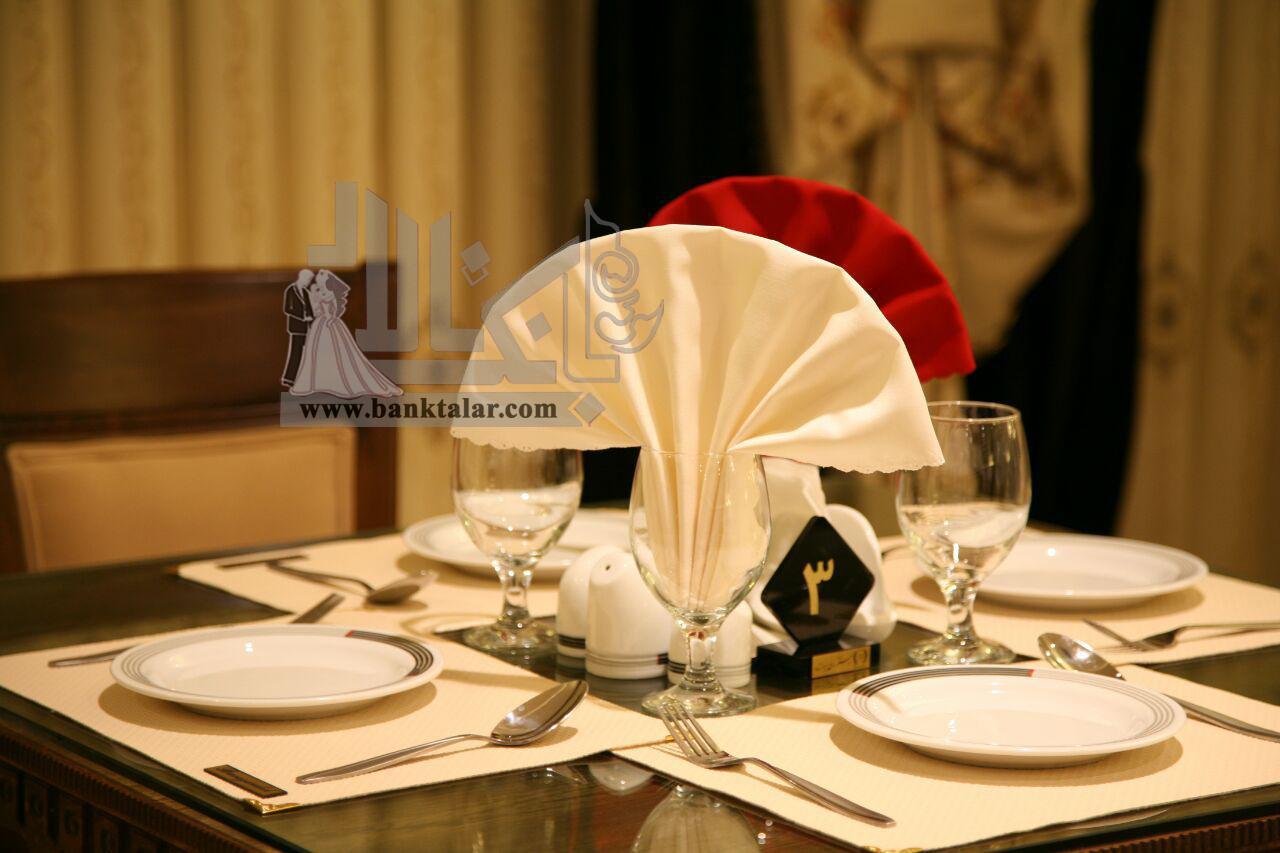 رستوران سنتی برازنده